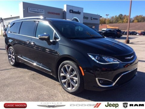 Brilliant Black Crystal Pearl 2020 Chrysler Pacifica Limited