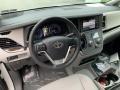 Toyota Sienna XLE Blizzard White Pearl photo #4
