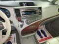 Toyota Sienna XLE Black photo #36