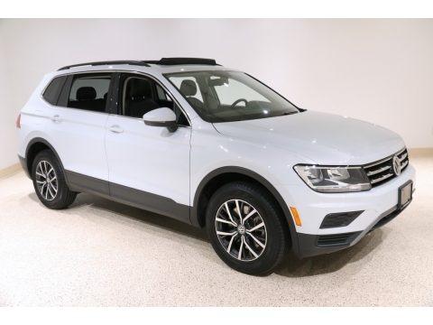 White Silver Metallic 2019 Volkswagen Tiguan SE 4MOTION