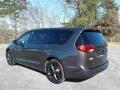 Chrysler Pacifica Touring Granite Crystal Metallic photo #8