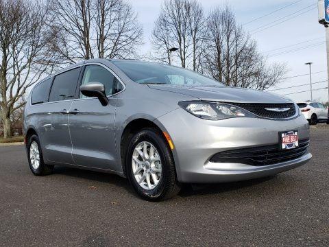 Billet Silver Metallic 2020 Chrysler Voyager LX