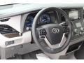 Toyota Sienna XLE Blizzard White Pearl photo #13