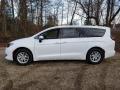 Chrysler Voyager LX Bright White photo #3