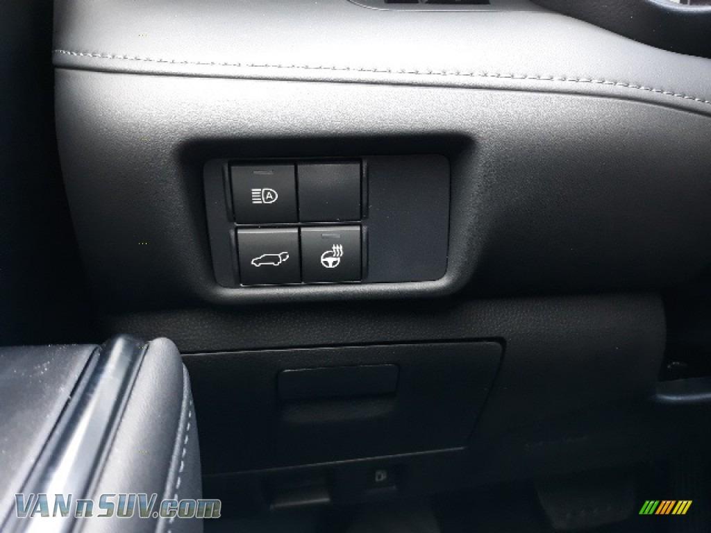 2020 Highlander Limited AWD - Blueprint / Black photo #30
