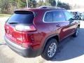 Jeep Cherokee Latitude Plus 4x4 Velvet Red Pearl photo #5