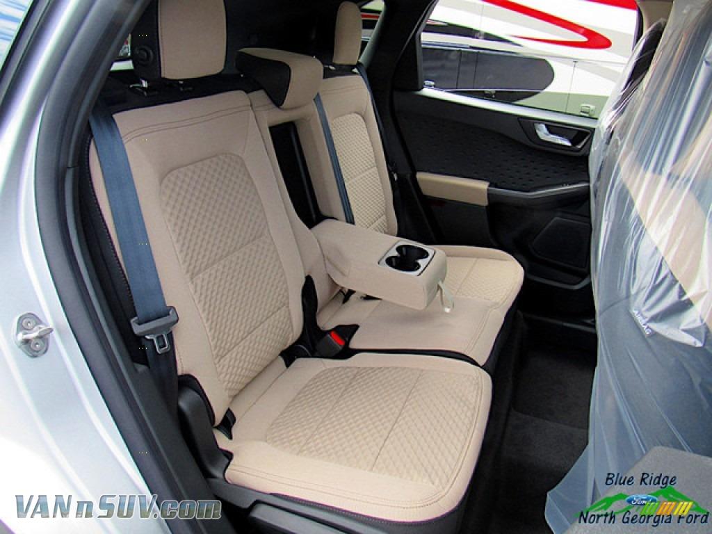 2020 Escape SE 4WD - Ingot Silver Metallic / Sandstone photo #12