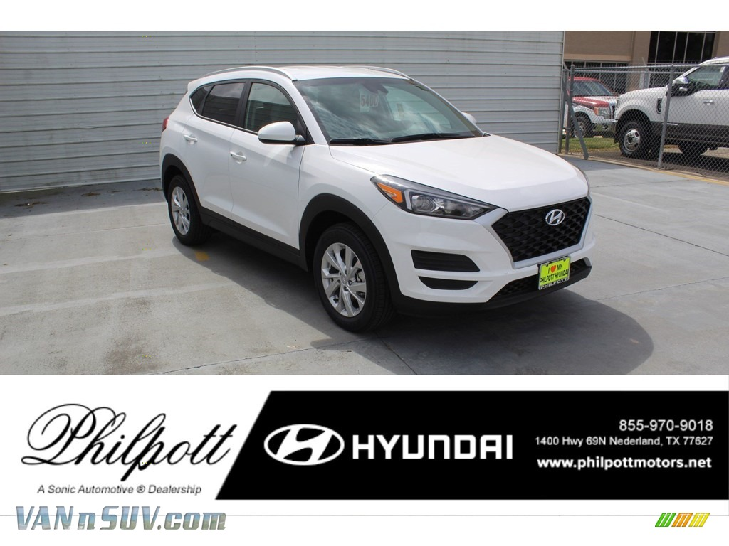 Winter White / Gray Hyundai Tucson Value