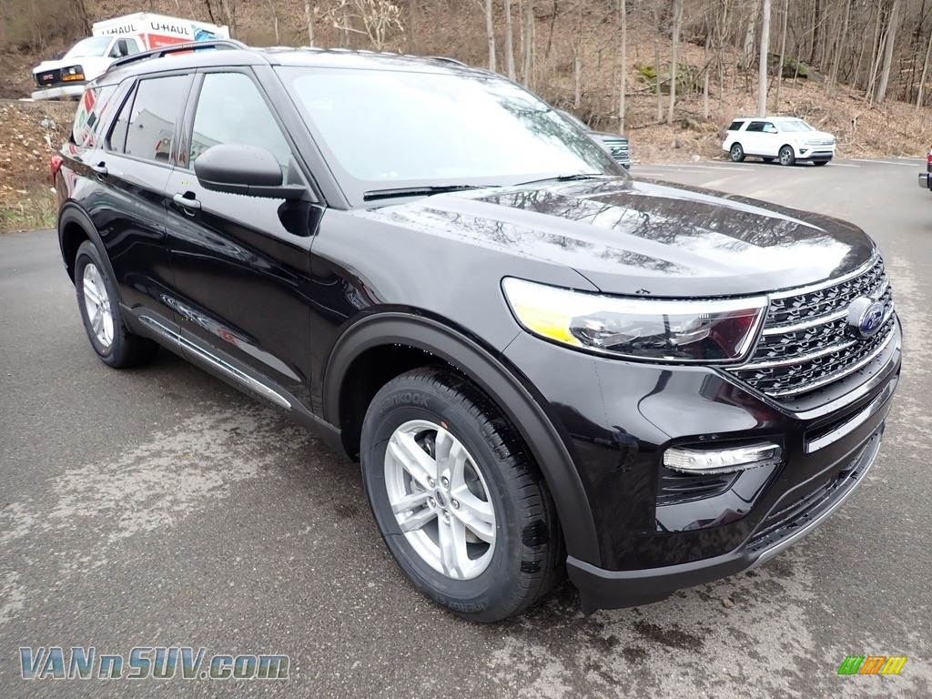 2020 Explorer XLT 4WD - Agate Black Metallic / Ebony photo #3
