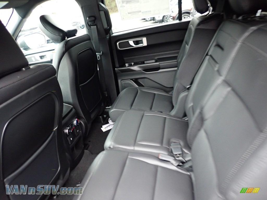 2020 Explorer XLT 4WD - Agate Black Metallic / Ebony photo #8