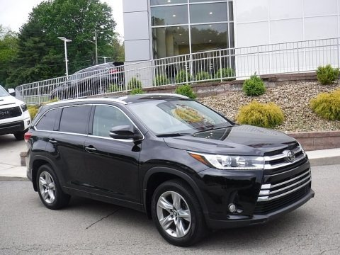 Midnight Black Metallic 2017 Toyota Highlander Limited AWD