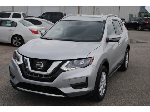Brilliant Silver 2017 Nissan Rogue SV AWD