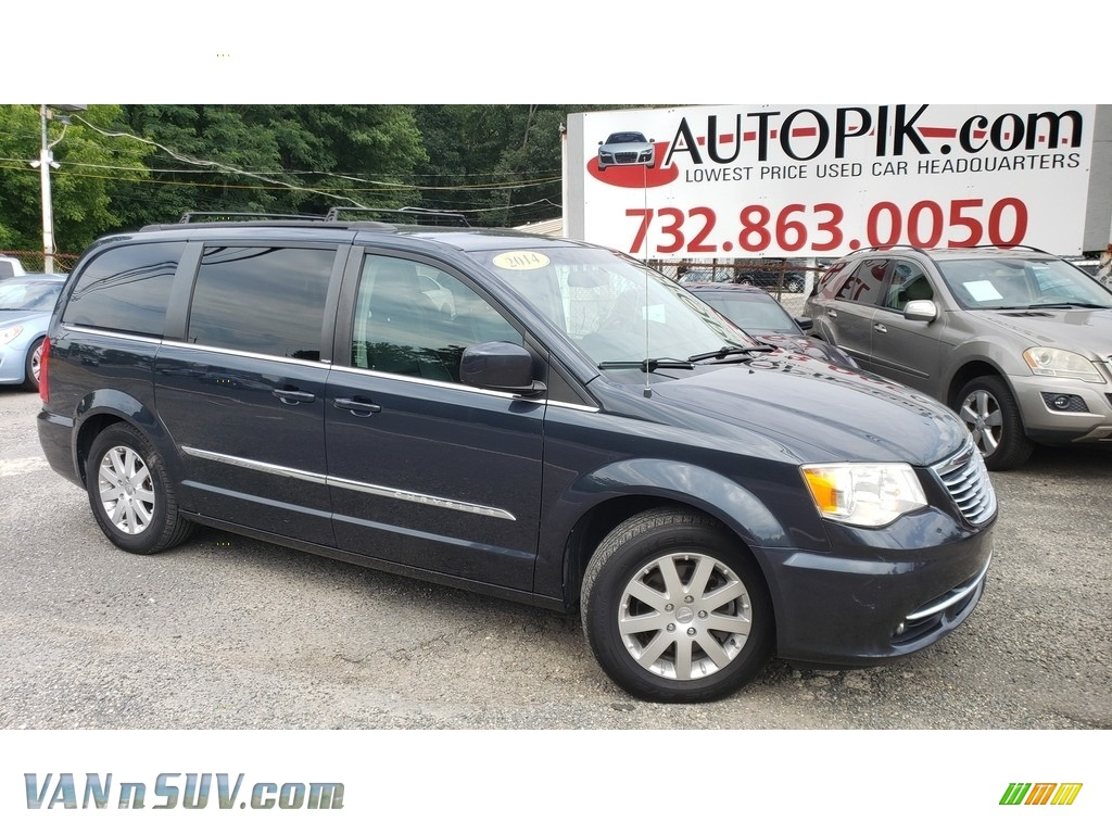 2014 Town & Country Touring - Maximum Steel Metallic / Black/Light Graystone photo #1