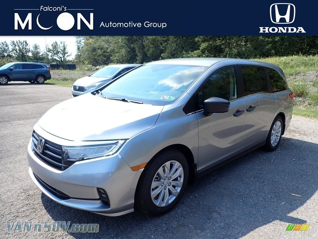 2021 Odyssey LX - Lunar Silver Metallic / Mocha photo #1