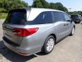 Honda Odyssey LX Lunar Silver Metallic photo #6