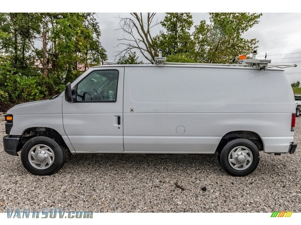 2012 E Series Van E150 Cargo - Oxford White / Medium Flint photo #7