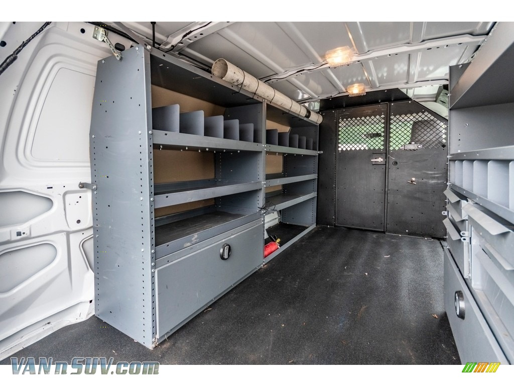 2012 E Series Van E150 Cargo - Oxford White / Medium Flint photo #23