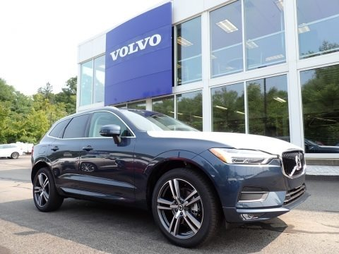Denim Blue Metallic 2021 Volvo XC60 T5 AWD Momentum