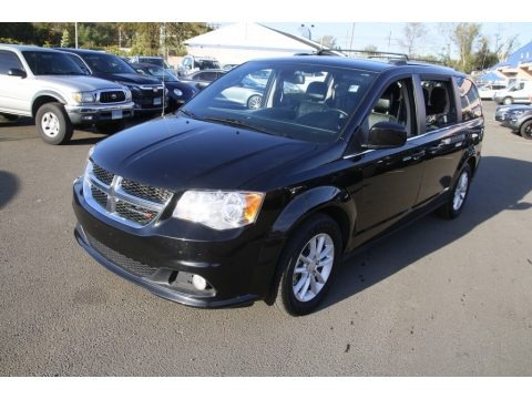 Black Onyx Crystal Pearl 2019 Dodge Grand Caravan SXT