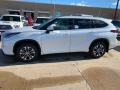 Toyota Highlander XLE AWD Blizzard White Pearl photo #1