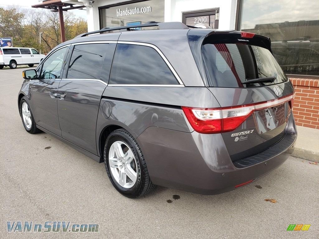 2013 Odyssey Touring Elite - Polished Metal Metallic / Gray photo #40