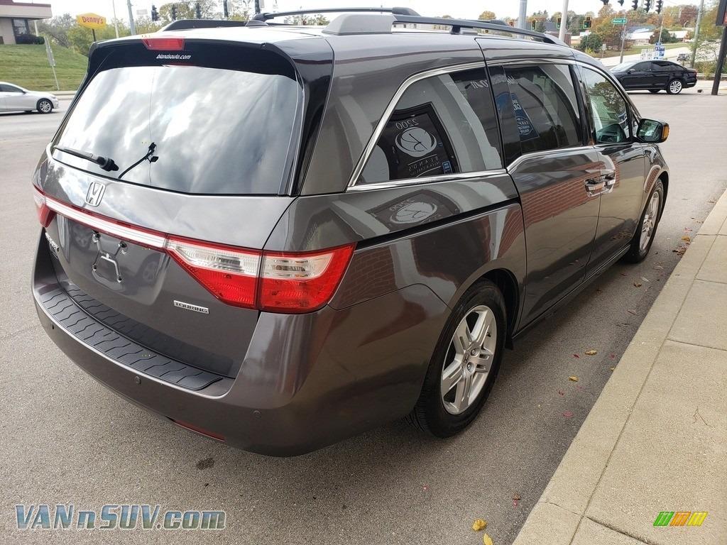 2013 Odyssey Touring Elite - Polished Metal Metallic / Gray photo #48