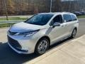 Toyota Sienna Limited AWD Blizzard White Pearl photo #19