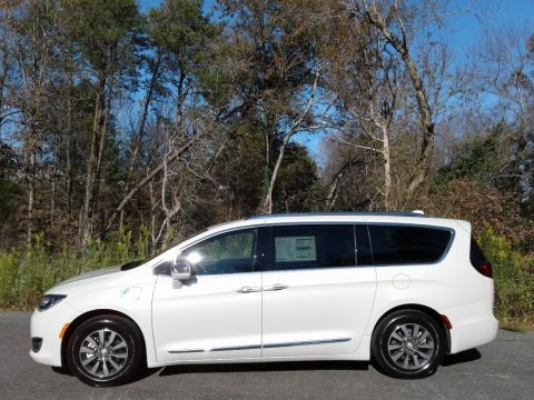 Luxury White Pearl 2020 Chrysler Pacifica Hybrid Limited