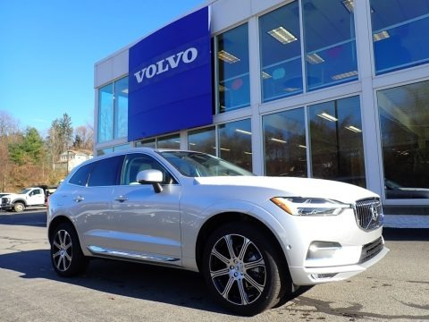 Bright Silver Metallic 2021 Volvo XC60 T5 AWD Inscription