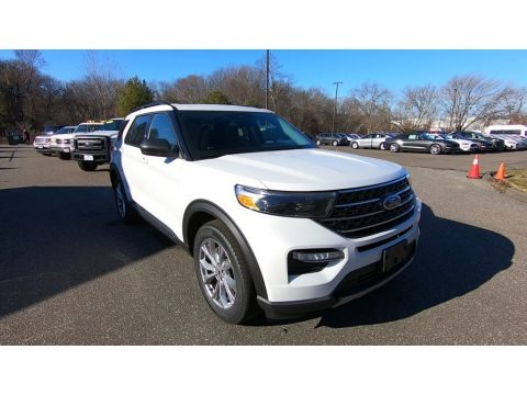 Oxford White 2021 Ford Explorer XLT 4WD