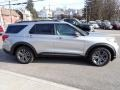 Ford Explorer XLT 4WD Iconic Silver Metallic photo #7