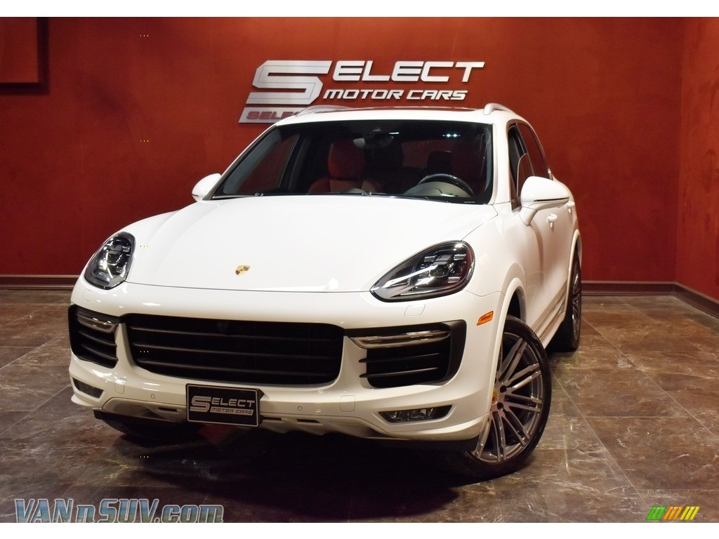 2017 Cayenne Turbo - White / Black/Garnet Red photo #1