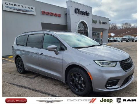 Billet Silver Metallic 2021 Chrysler Pacifica Hybrid Limited