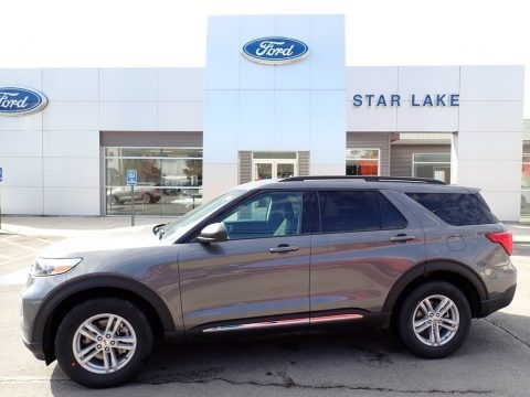 Carbonized Gray Metallic 2021 Ford Explorer XLT 4WD