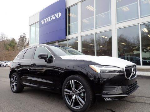 Onyx Black Metallic 2021 Volvo XC60 T5 AWD Momentum