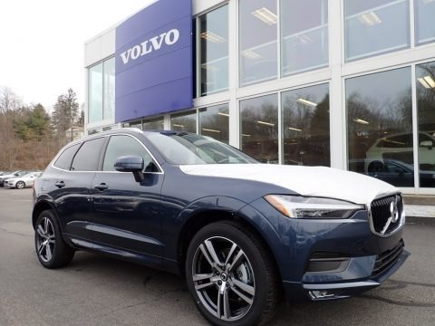 Denim Blue Metallic 2021 Volvo XC60 T5 AWD Momentum