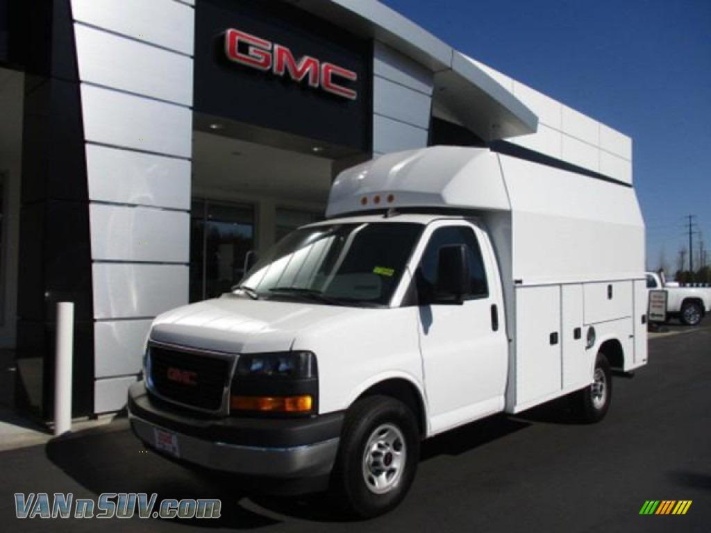 2021 Savana Cutaway 3500 Commercial Utility Truck - Summit White / Pewter photo #1