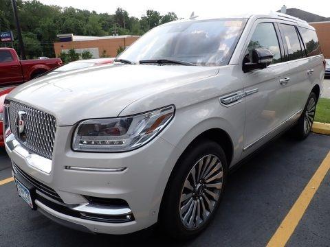 Ceramic Pearl Metallic Tri-Coat 2019 Lincoln Navigator Reserve 4x4