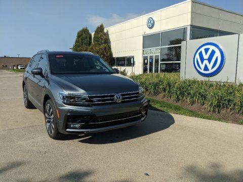 Platinum Gray Metallic 2021 Volkswagen Tiguan SEL Premium R-Line 4Motion