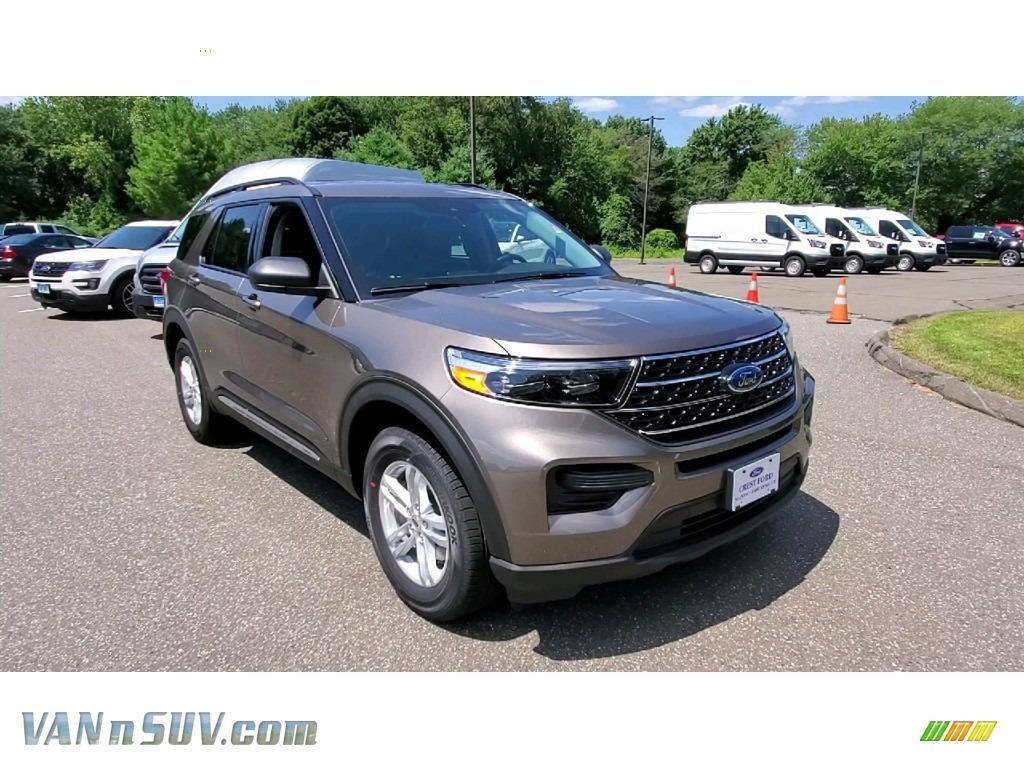2021 Explorer XLT 4WD - Stone Gray Metallic / Ebony photo #1