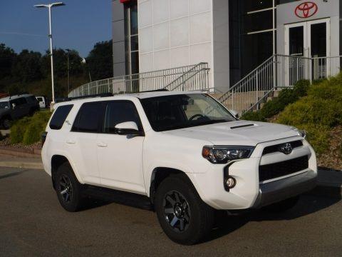 Super White 2019 Toyota 4Runner TRD Off-Road 4x4