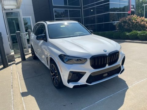 Mineral White Metallic 2022 BMW X5 M