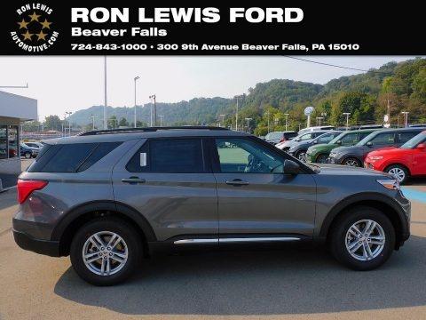 Carbonized Gray Metallic 2021 Ford Explorer XLT 4WD