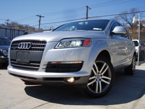 Light Silver Metallic 2007 Audi Q7 4.2 quattro