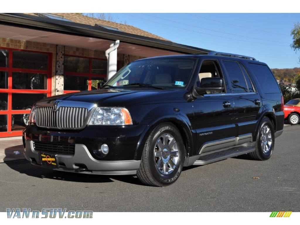 2004 lincoln navigator luxury 4x4 in black clearcoat j11775 vans and suvs for. Black Bedroom Furniture Sets. Home Design Ideas