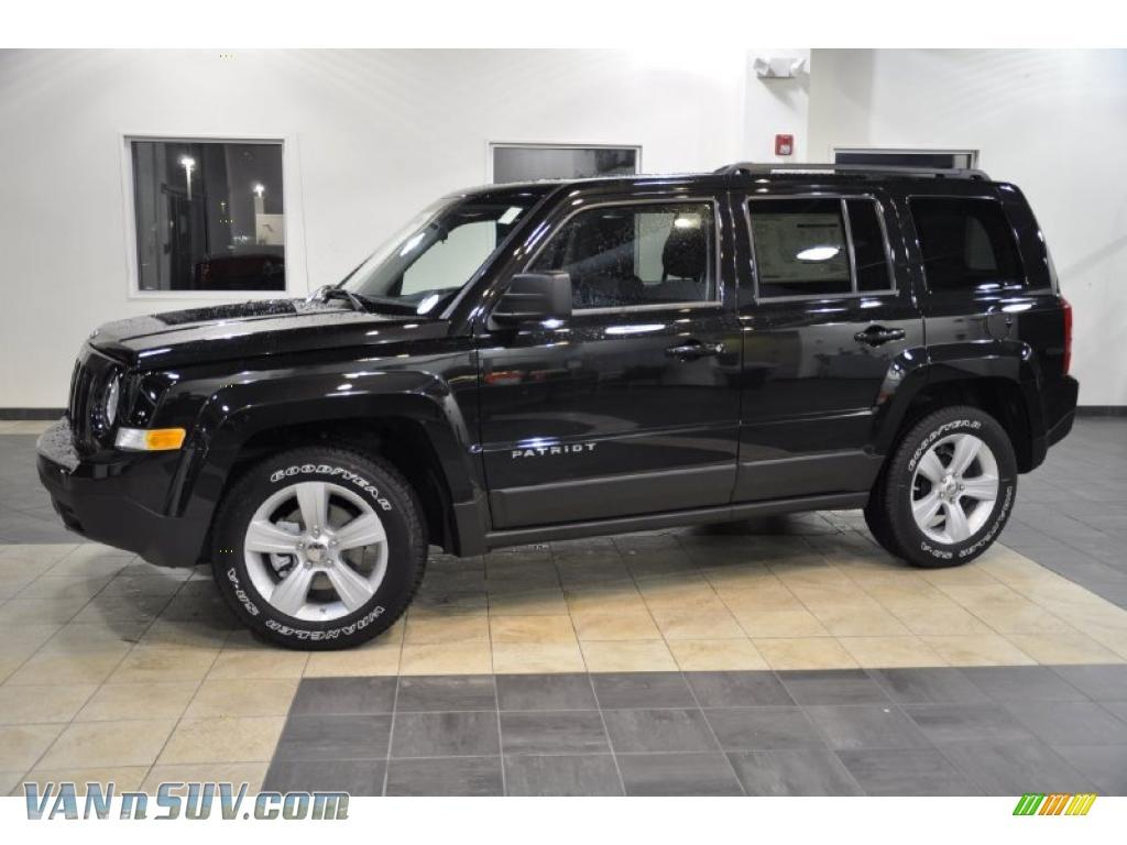 2011 jeep patriot sport in brilliant black crystal pearl - 118677