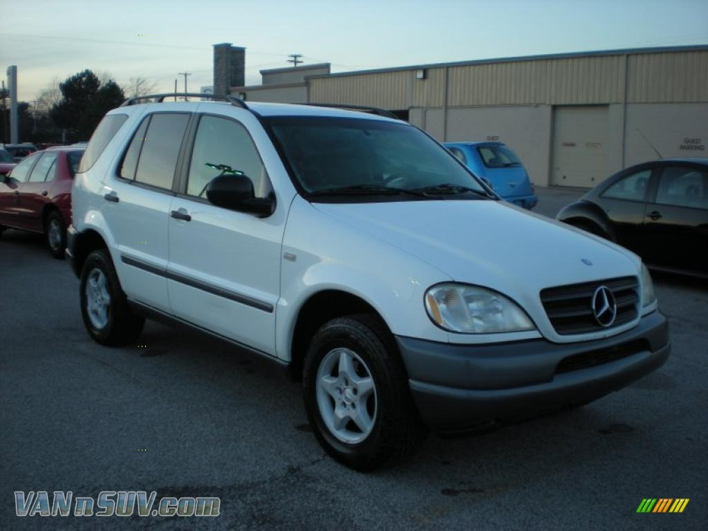 1999 mercedes benz ml 320 4matic in polar white 139585 for Mercedes benz 1999 ml320