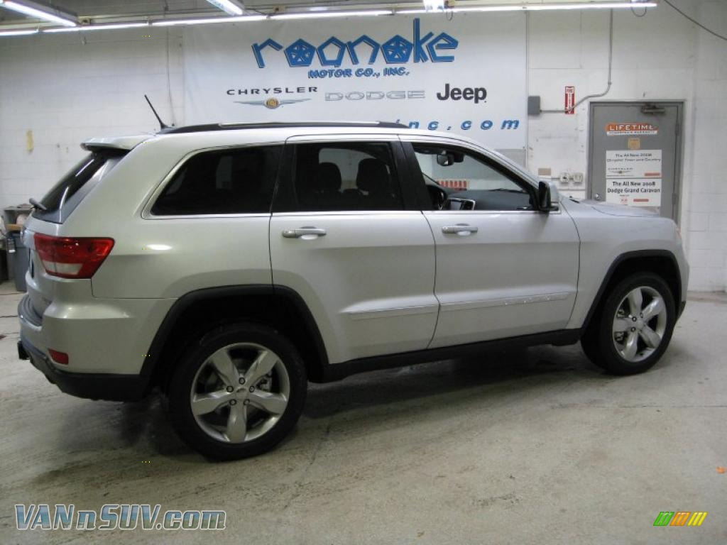 2011 jeep grand cherokee limited 4x4 in bright silver