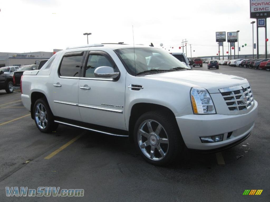 2009 cadillac escalade ext awd in white diamond photo 3. Cars Review. Best American Auto & Cars Review