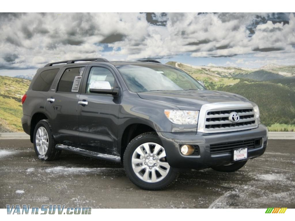 2011 toyota sequoia platinum 4wd in magnetic gray metallic. Black Bedroom Furniture Sets. Home Design Ideas